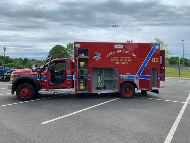 Lewes Ambulance #8271